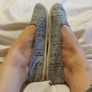 Roxy 'Hailey' Blue & White Fabric Flats